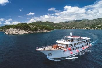 Elite travel fleet 2019 - Meet MS Providenca